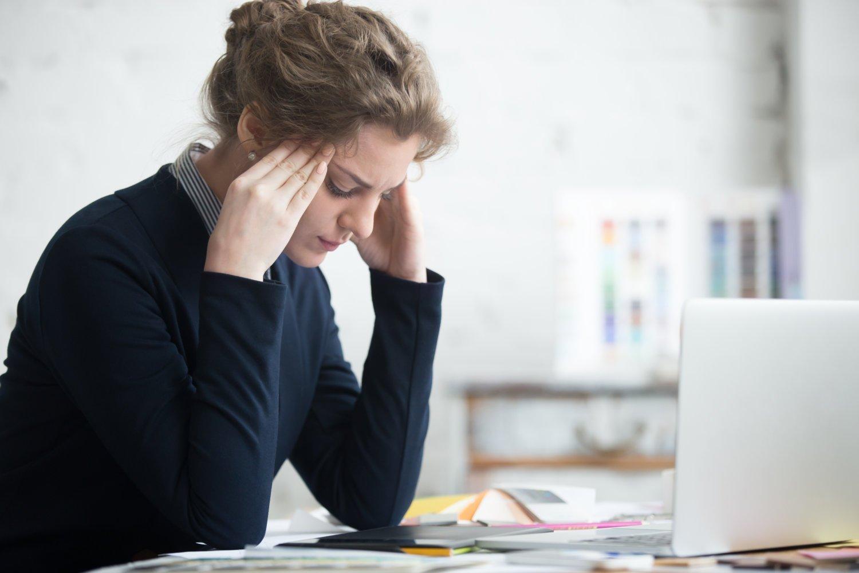 Headache relief with neurolens